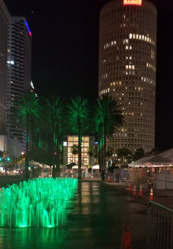 The beautiful water fountains at Curtis Hixon Park, downtown Tampa